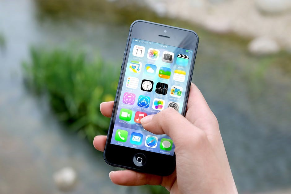 Travel Helpers for Stress-Free Trips Top 5 apps for travelers